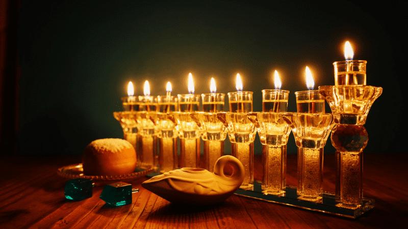 Ханука   Почему мудрецы ждали целый год, чтобы установить праздник?