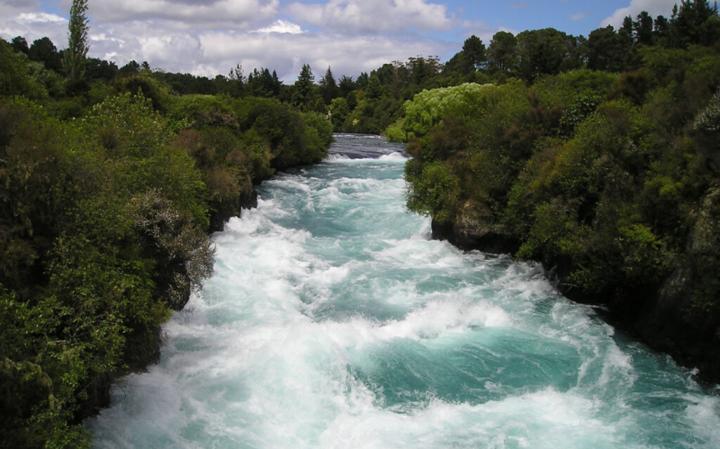 Как Раби Пинхас спорил с рекой