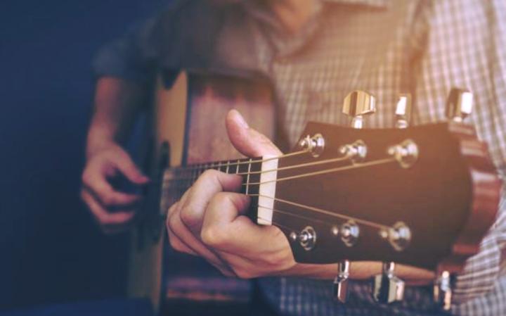Траурные обычаи в период отсчета омера — Танцы и игра на музыкальных инструментах