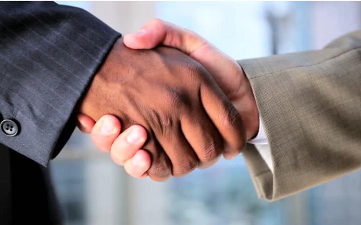 Ради успеха переговорного процесса и не только