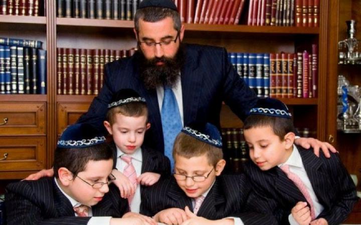 Как воспитать детей в еврейском духе?