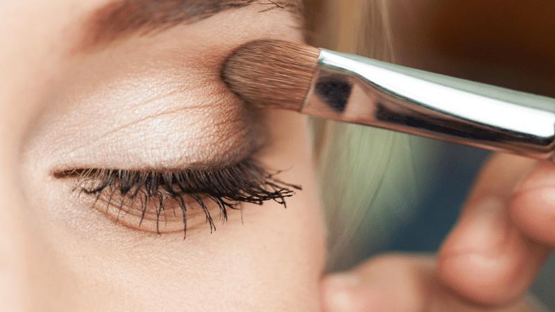 Краситься или нет? — «Шабатний макияж» — разрешено ли использовать в Шабат или Йом Тов?
