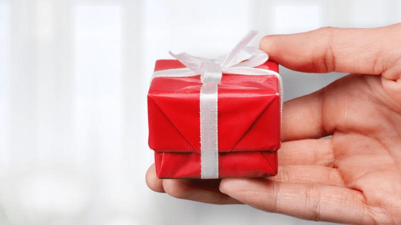 Законы Шабата | Облик Шабата. Урок 2 — Брать/давать в долг, дарить и бросать жребий